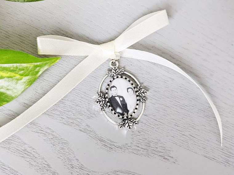Bouquet Charm (Small Oval) in Antique Silver - Lily Design