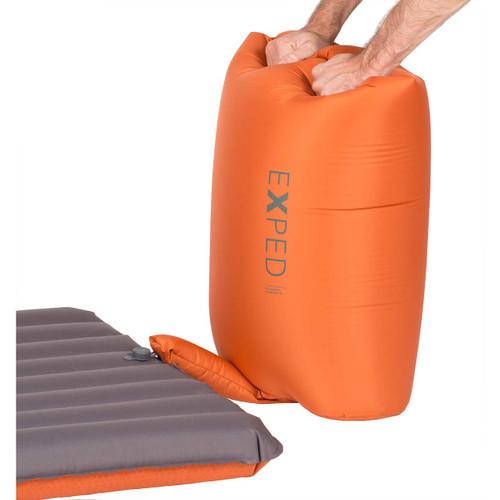 Schnozzel Pump Bag - In Use