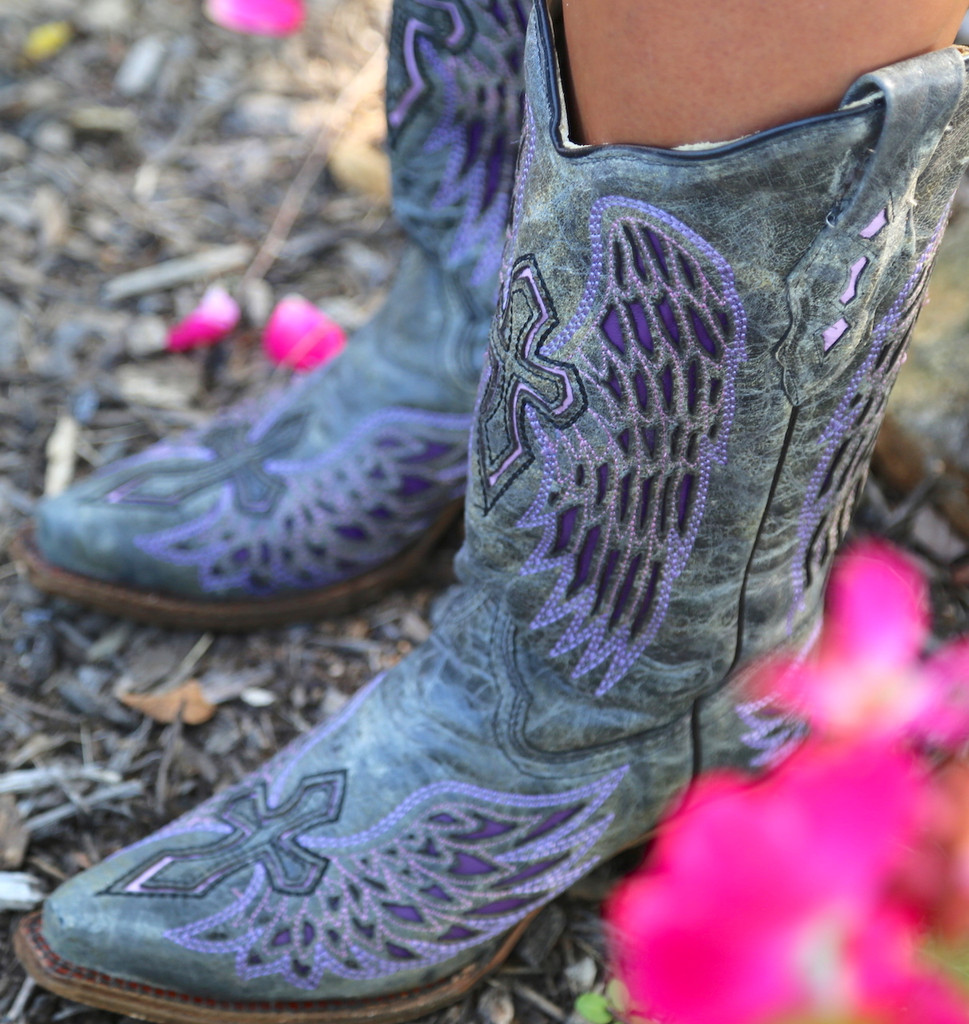 Corral Black Purple Wing Cross Boots A1969 Picture
