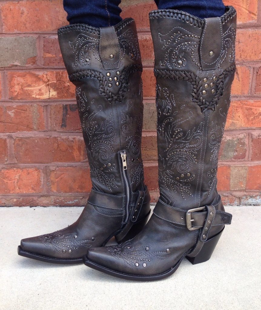 Corral Black Whip Stitch and Studs G1117