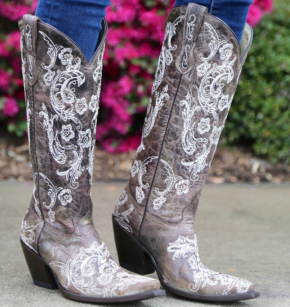 Corral Brown White Full Stitch and Studs Boots G1027 Image