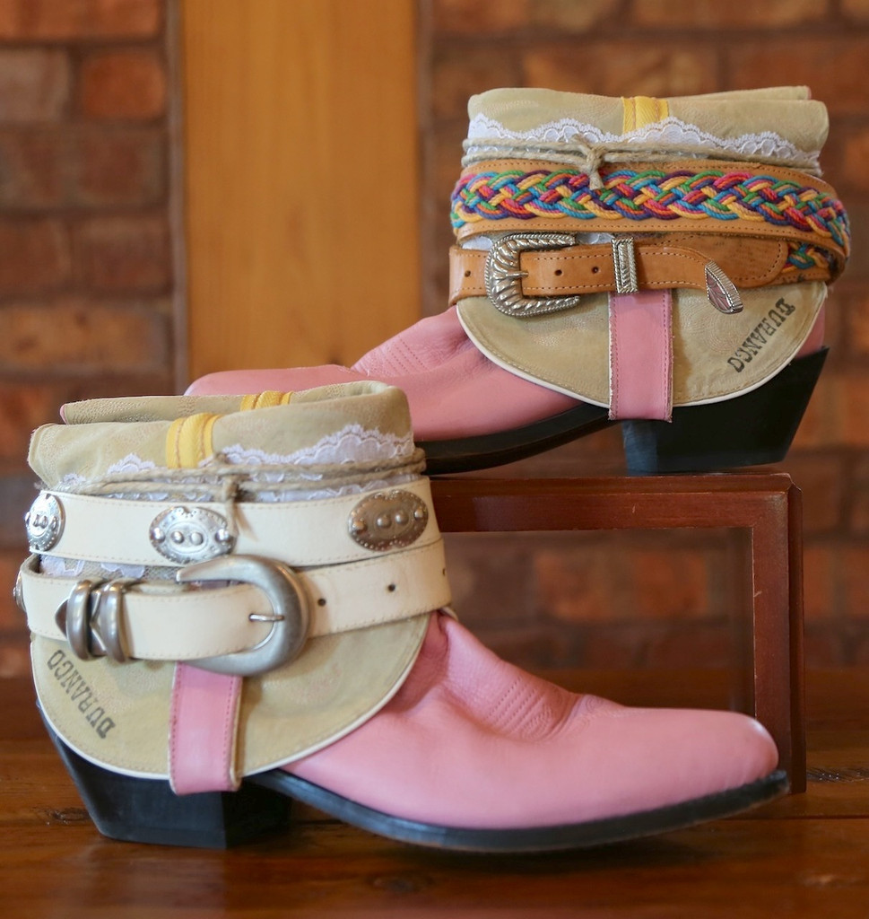 The Feather Junkie Pink Durango Vintage Boots Size 9 Picture