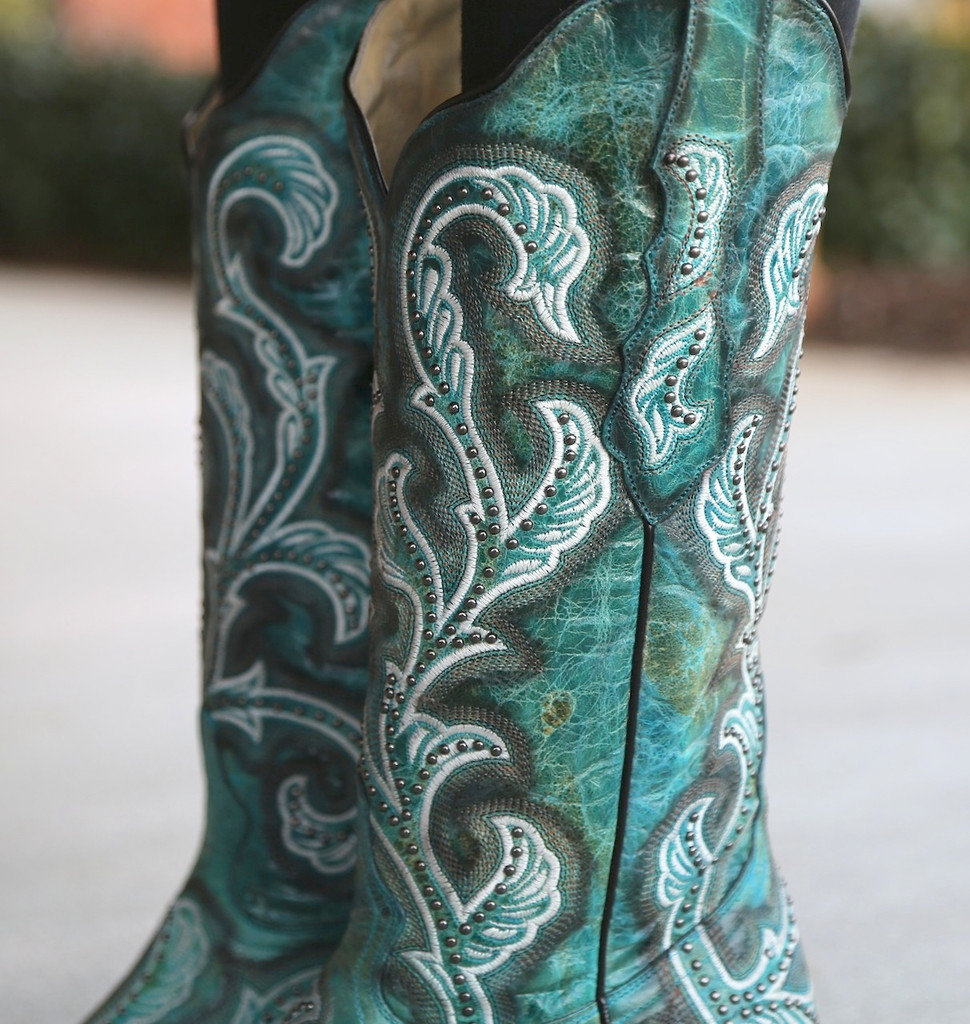 Corral Turquoise Shaded Embroidery and Studs Boots G1249 Collar