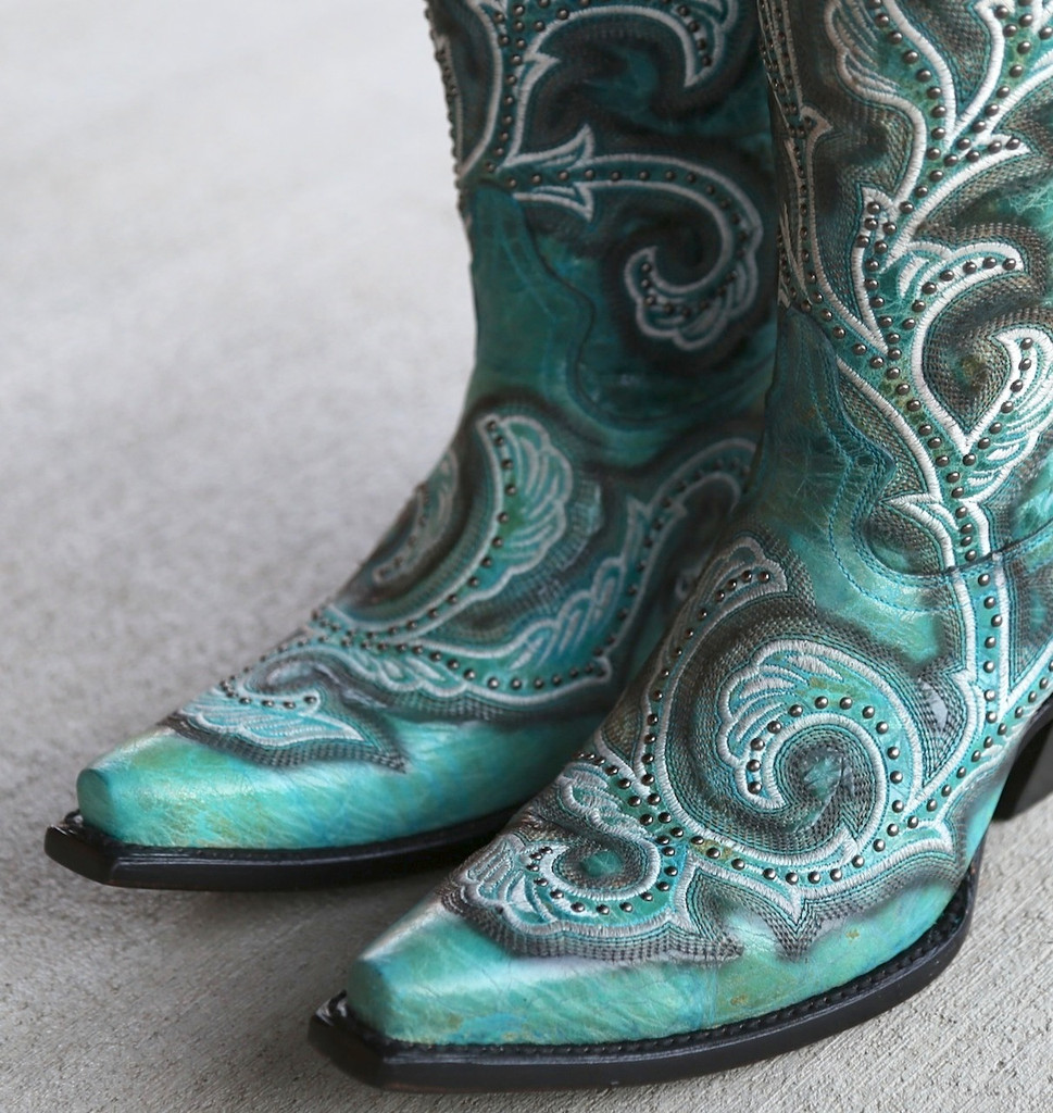 Corral Turquoise Shaded Embroidery and Studs Boots G1249 Toe