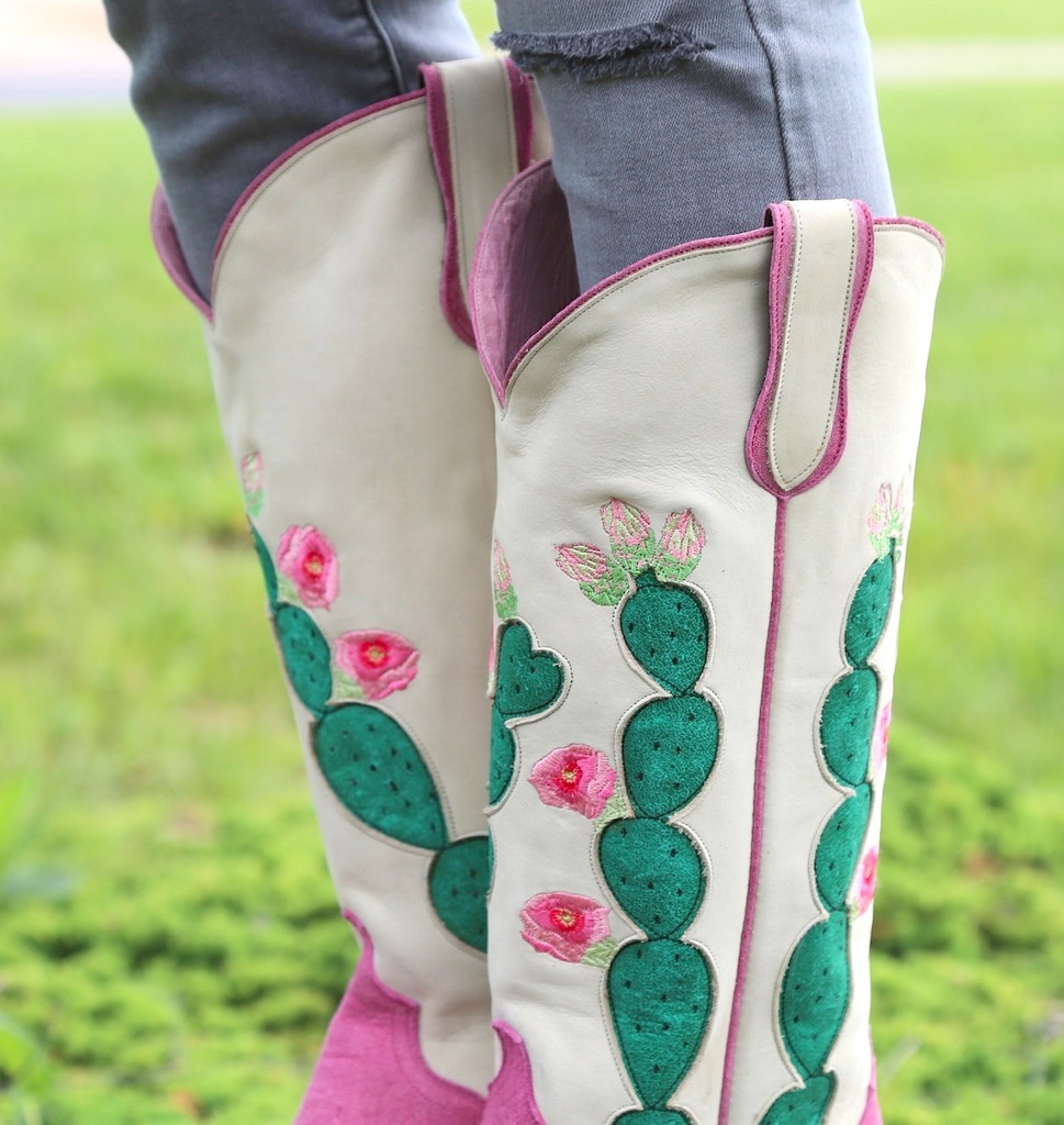 Junk Gypsy by Lane Hard to Handle Pink Boots JG0012B Collar