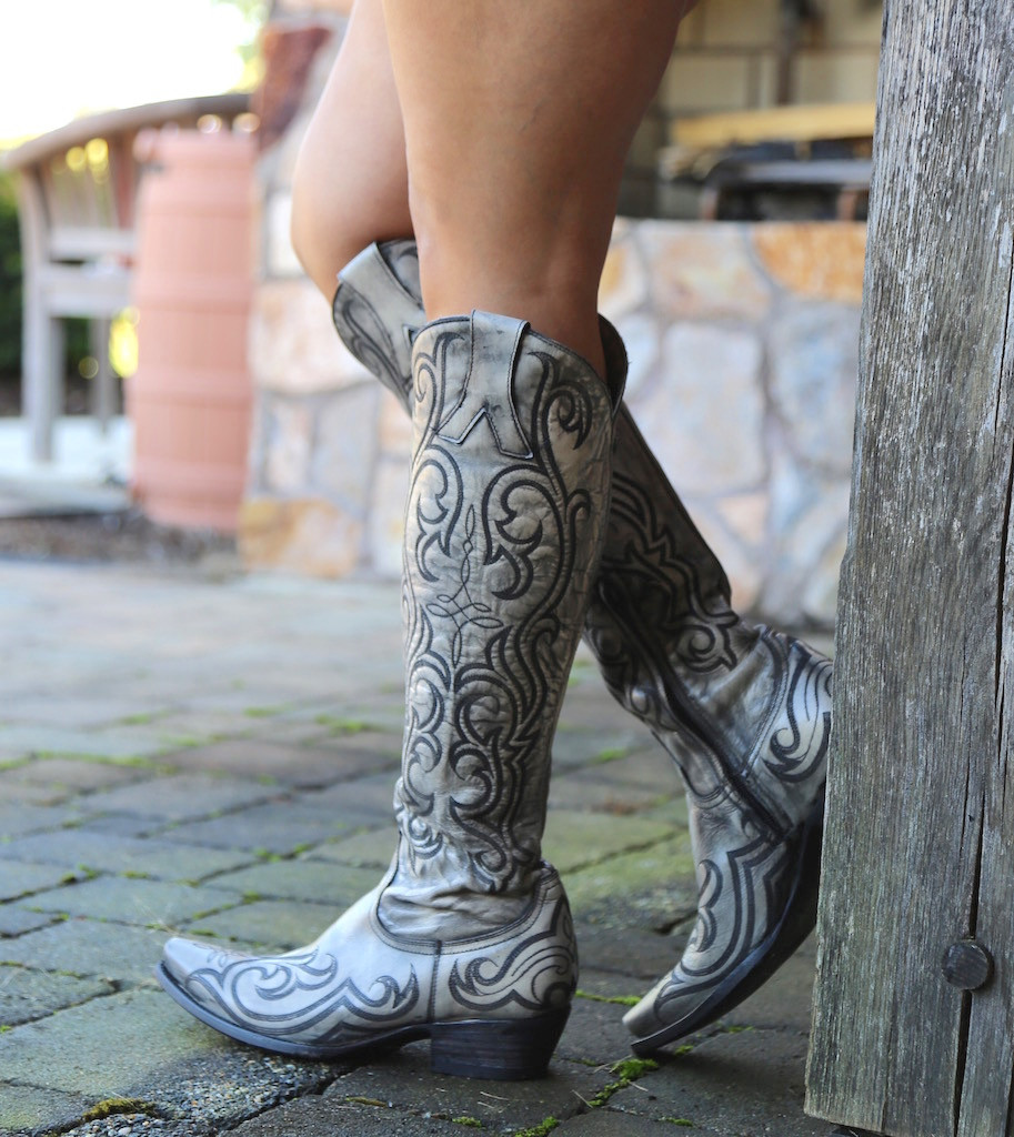 "Old Gringo Dolce Stitch Bone 18"" Boots L2619-2 Picture"
