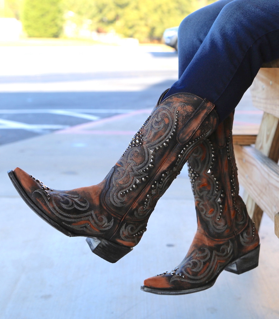 Old Gringo Dolce Stud Shedron Boots L2643-2 Table