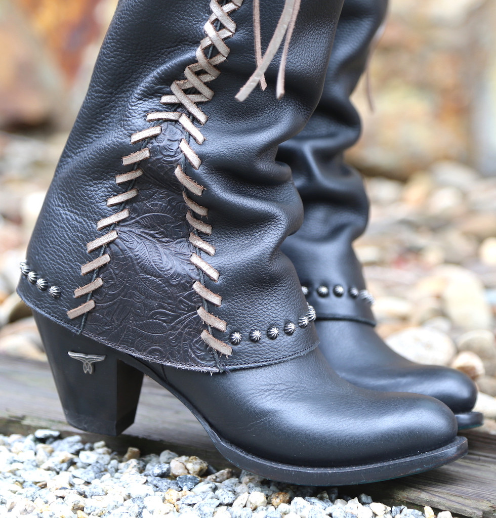 Lane Hoodie in Black with Silver Lace Boots LB0309C Toe