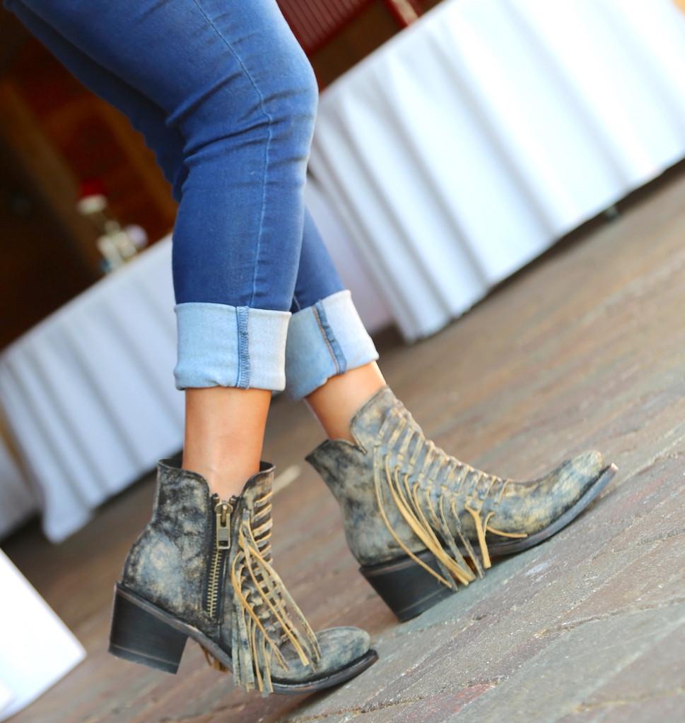 Corral Black Fringes Ankle Boot E1228 Walk