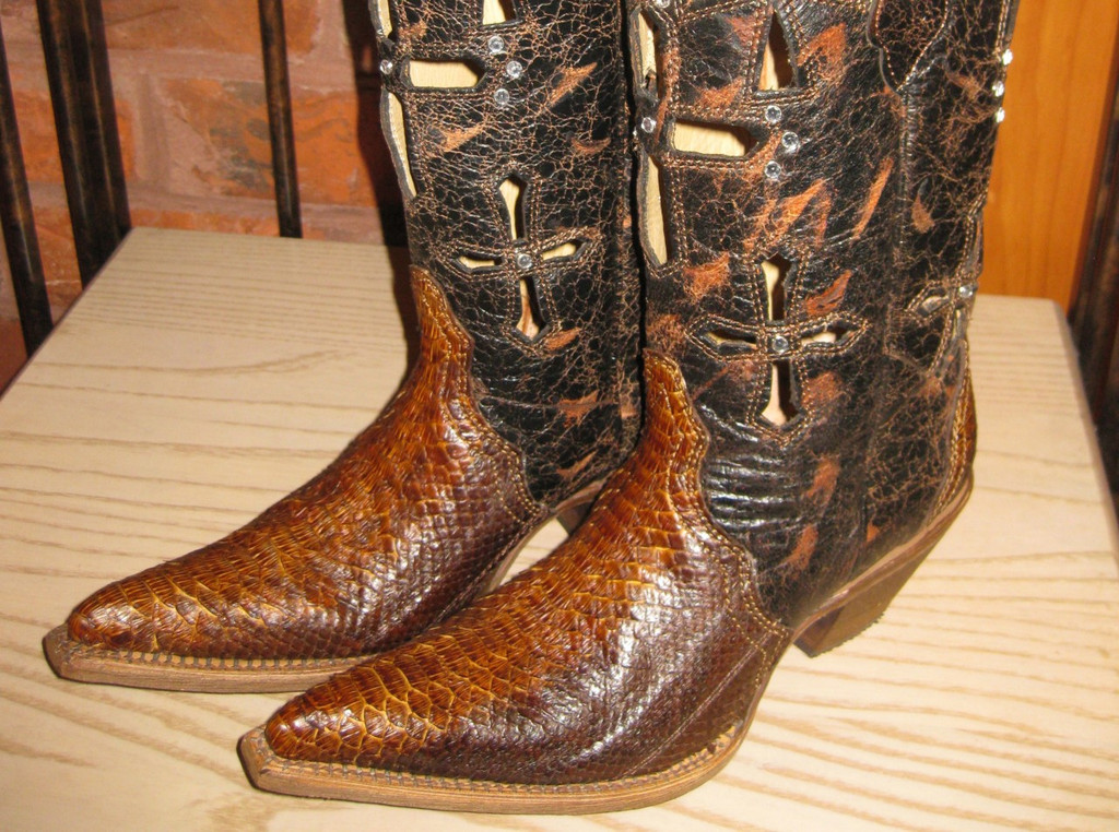 Corral Boots Musgo Python C2123 Toe Picture