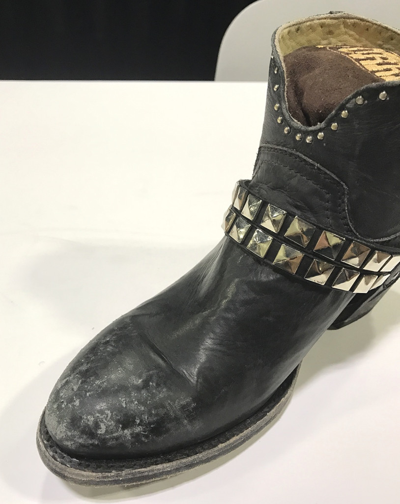 Corral Black Studs and Harness Ankle Boot G1399 Toe