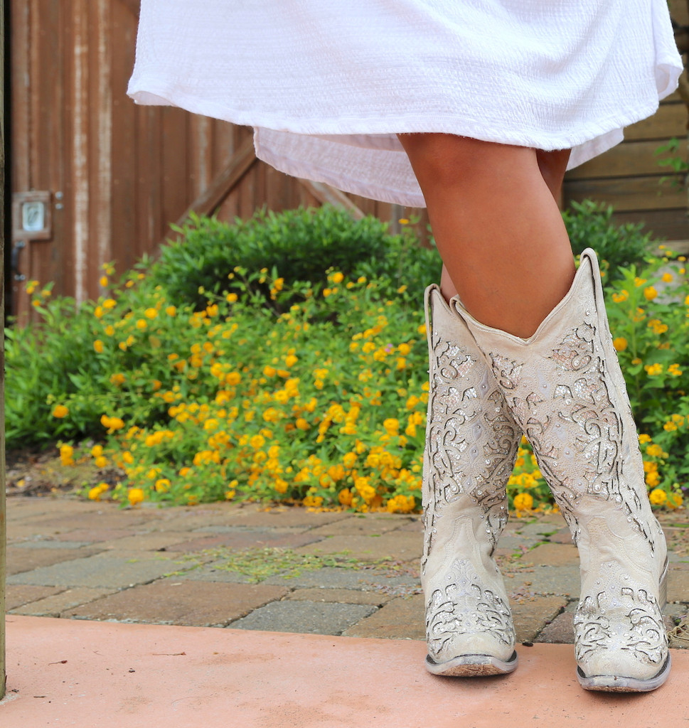 Corral White Glitter Inlay and Crystals Boots A3322 Toe
