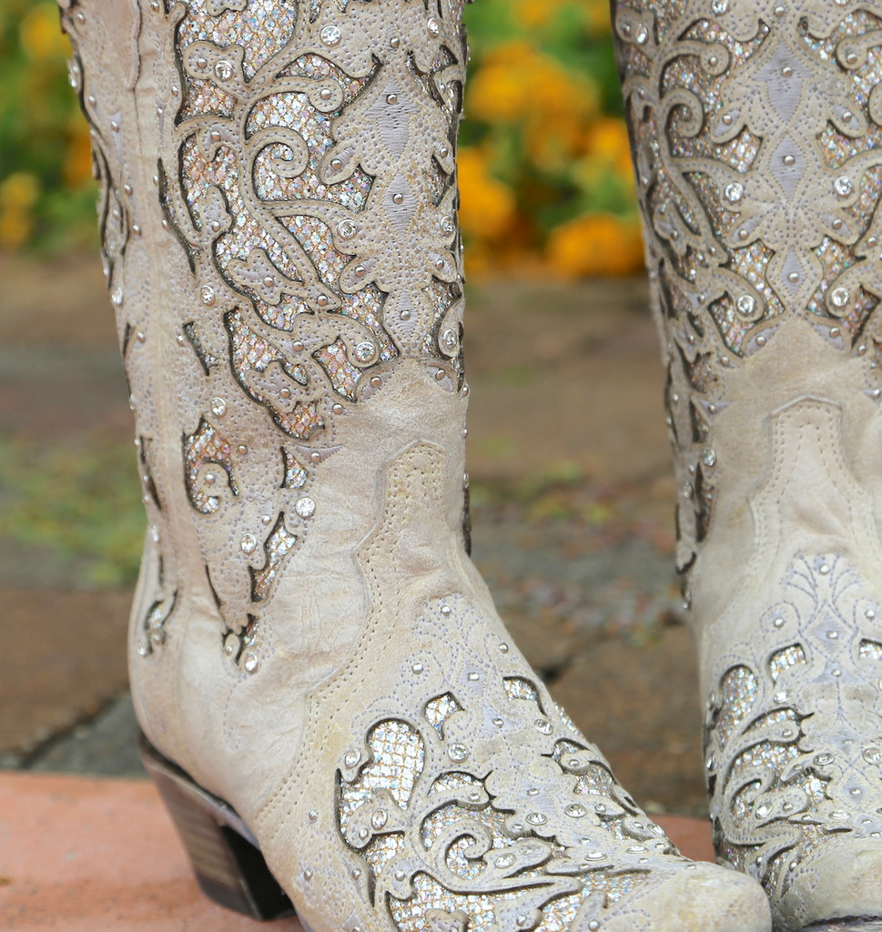 Corral White Glitter Inlay and Crystals Boots A3322 Detail