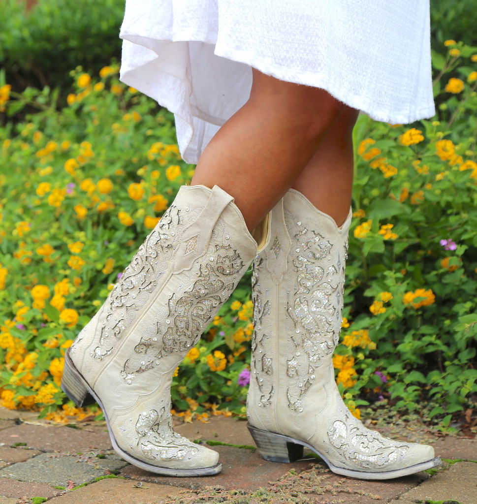 Corral White Glitter Inlay and Crystals Boots A3322 Walk