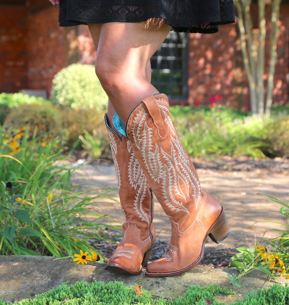 Corral Cognac Embroidery Tall Top Boots E1319 Toe