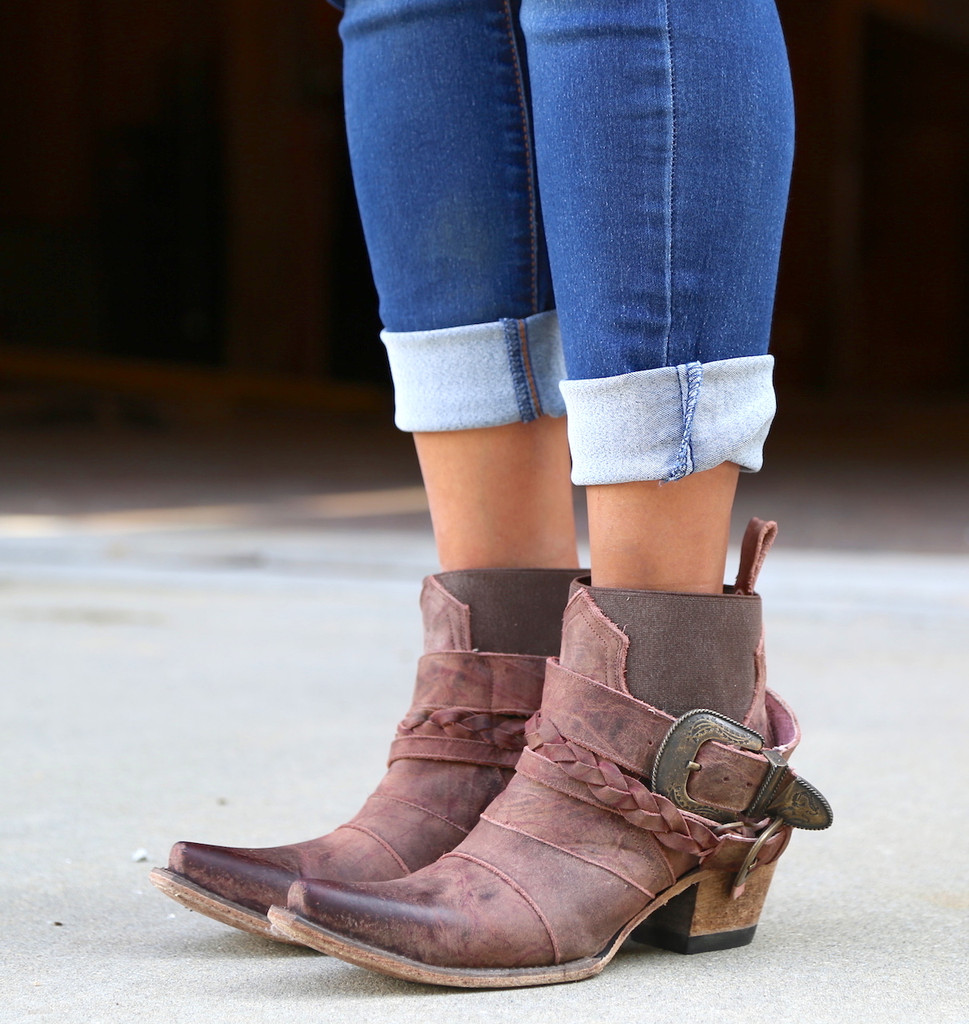 Junk Gypsy By Lane Hwy 237 Distressed Wine Boots JG0026A Image