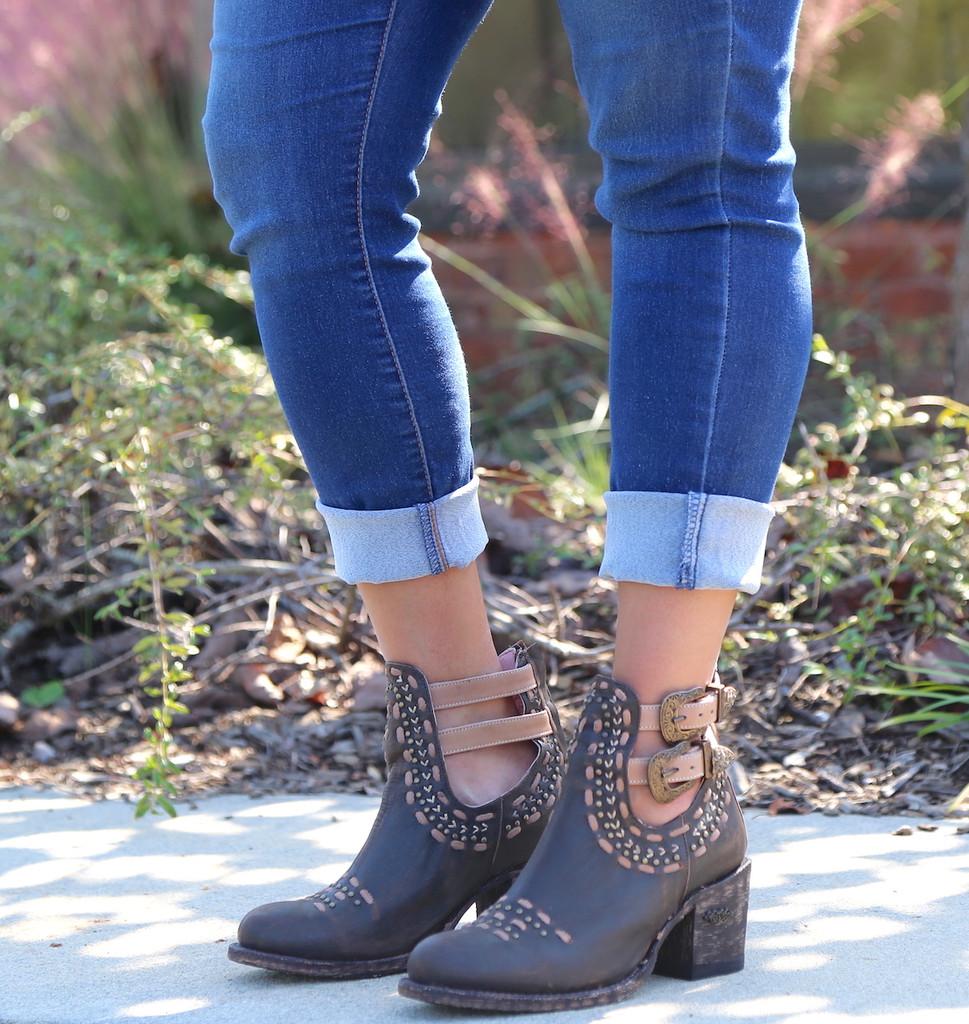 Miss Macie Geez Louise Boots U2009-01 Image