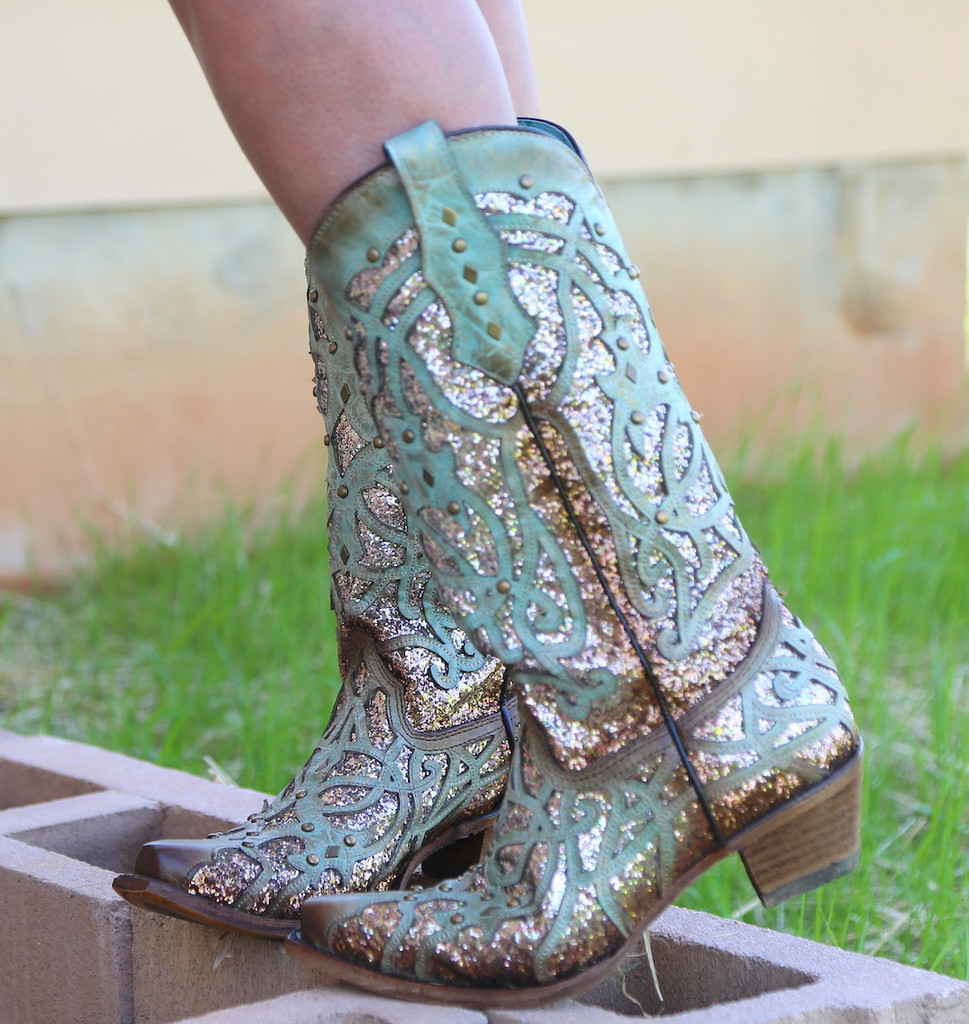 Corral Mint Glittered Inlay and Studs Snip Toe Boots C3332 Image
