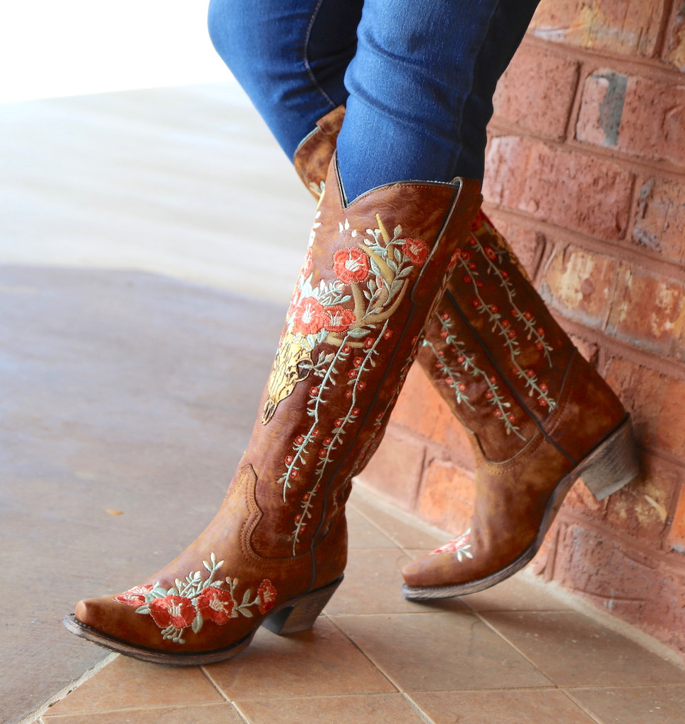 Corral Tan Deer Skull and Floral Embroidery Boots A3620 Photo
