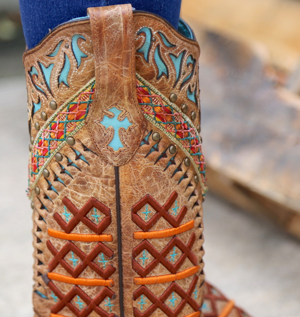 Corral Straw Inlay Embroidery Studs Boots C3284 Detail