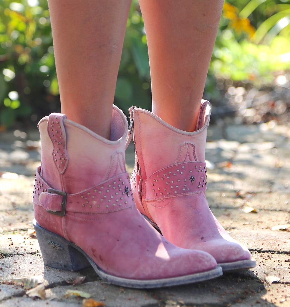 Miss Macie Fine-N-Dandy Pink Boots U8000-03 Picture