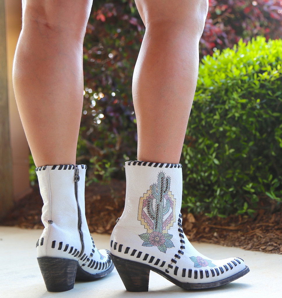 Double D by Old Gringo Saguaro White Boots DDBL040-1 Heel