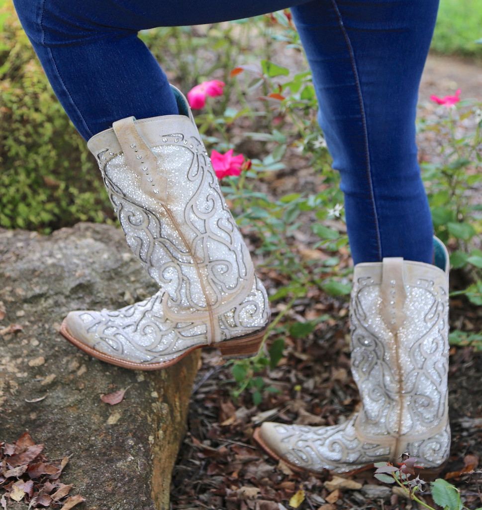 Corral White Glitter Inlay and Crystals Boots C3434 Top