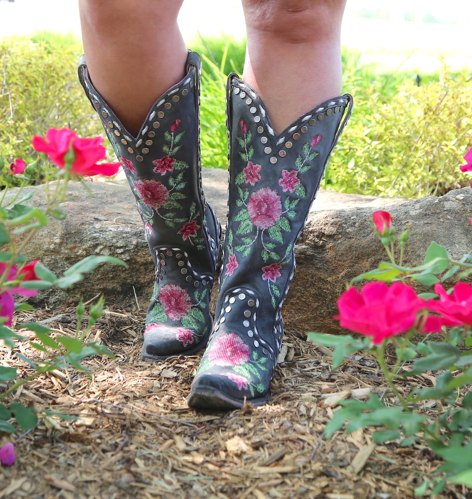 Junk Gypsy By Lane Needlepoint Black Boots JG0053A Picture