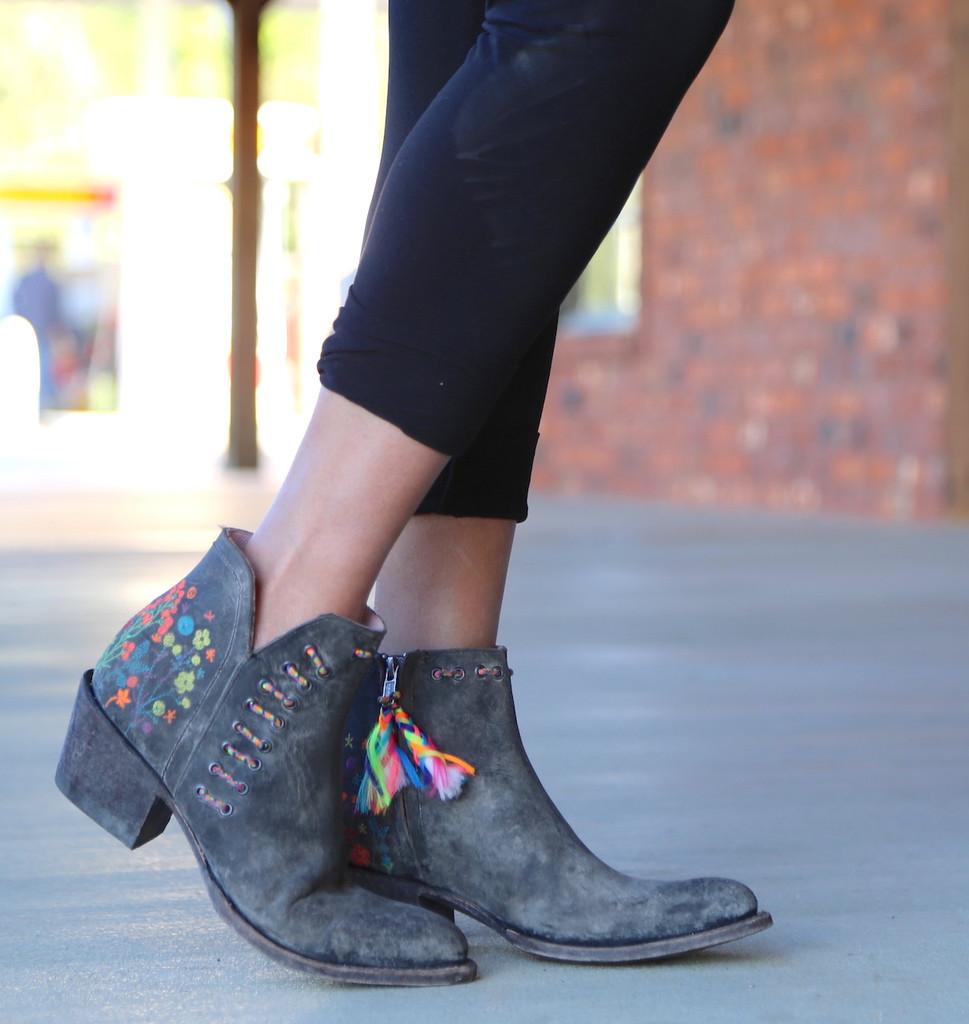 Miss Macie Dadgummit Boots U8001-01 Embroidery