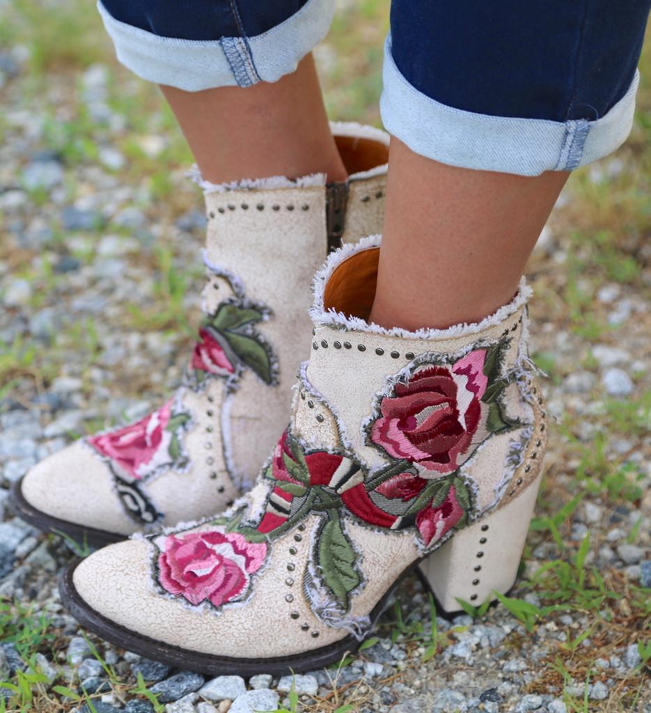 Old Gringo Carla Short Crackled Taupe Boots BL3184-3 Image