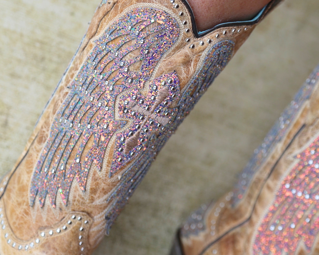 Corral Sand Wing and Cross Sparkle Boots A3742 Detail