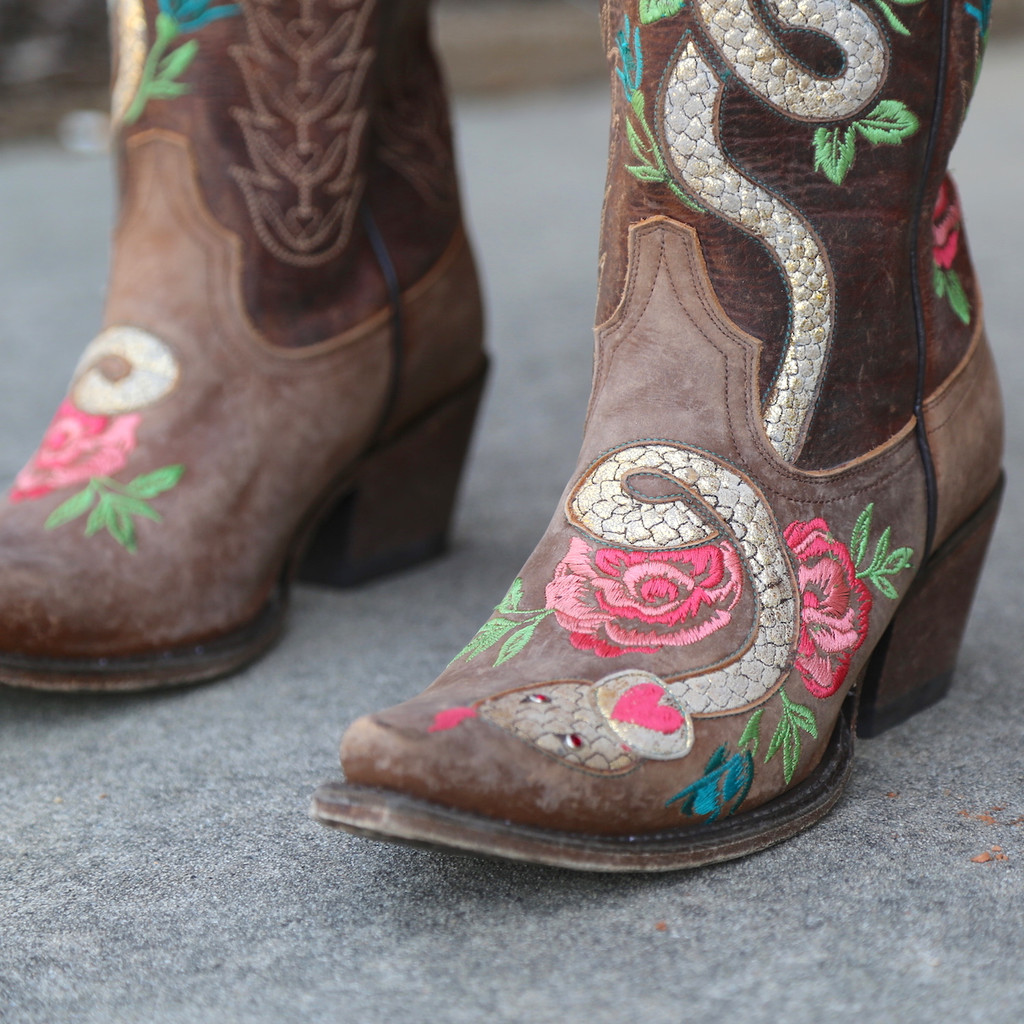 Junk Gypsy by Lane Charmer Brown Boots JG0054A Toe