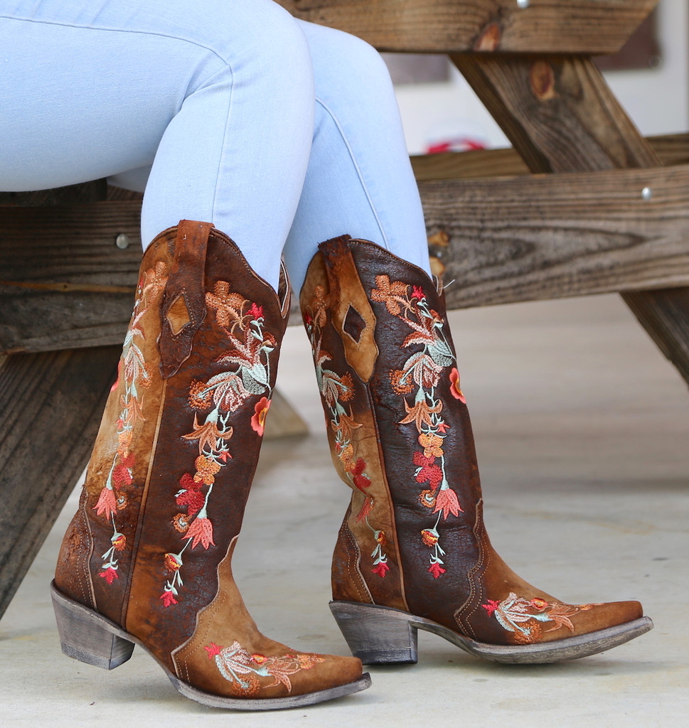 Corral Chocolate Lamb Floral Embroidery Boots A3597 Picture