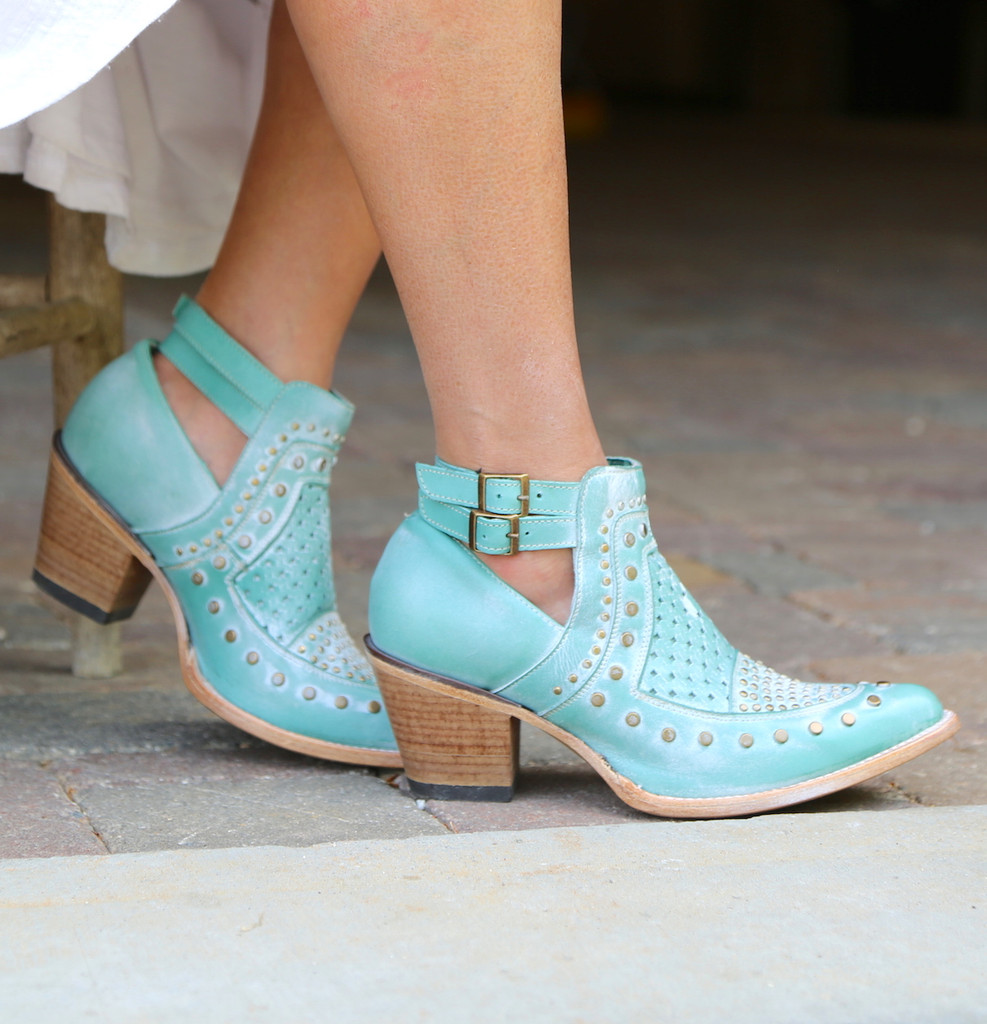 Corral Turquoise Studs and Woven Mule E1403 Buckle