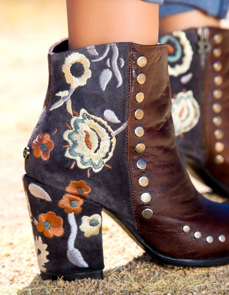 Double D by Old Gringo Granny Takes a Trip Brass Boots DDBL023-2 Picture