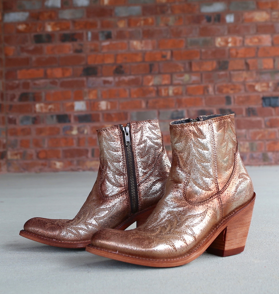 Liberty Black Katherine Fetuccini Oro Boots LB712313 Picture