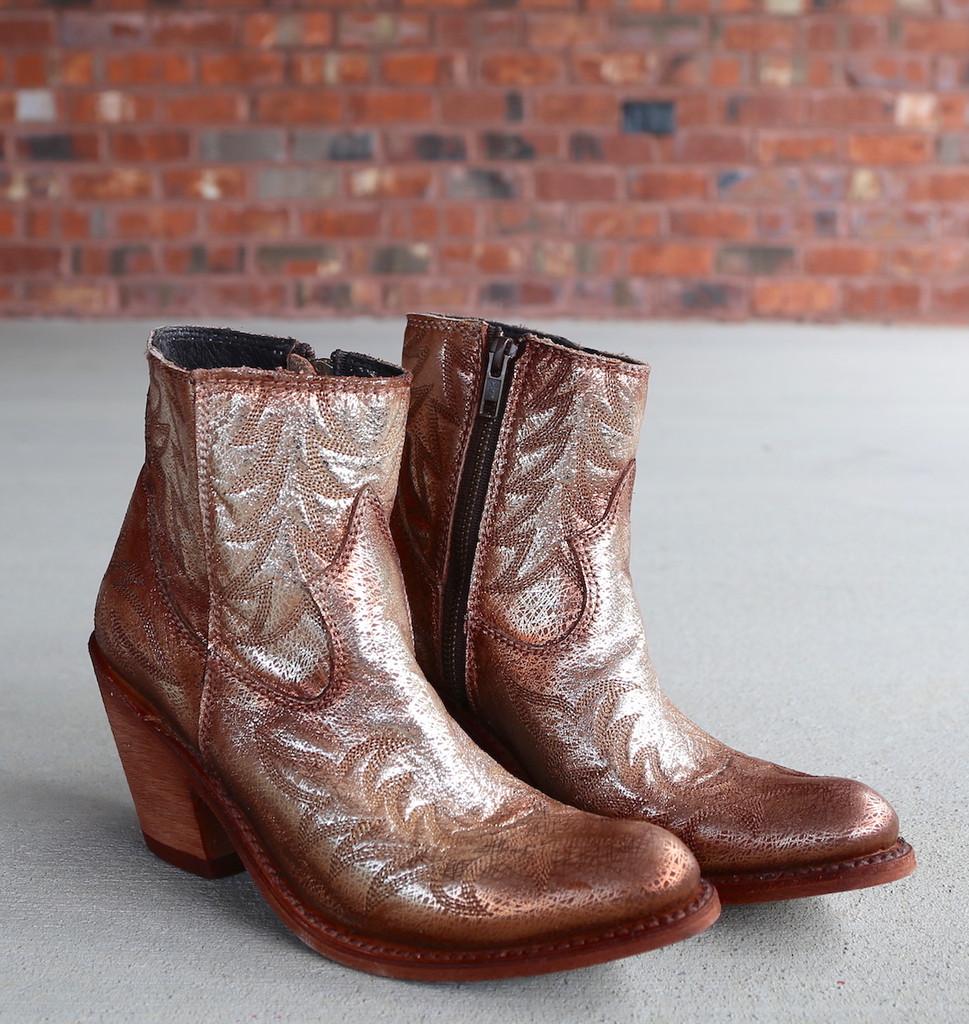 Liberty Black Katherine Fetuccini Oro Boots LB712313 Photo