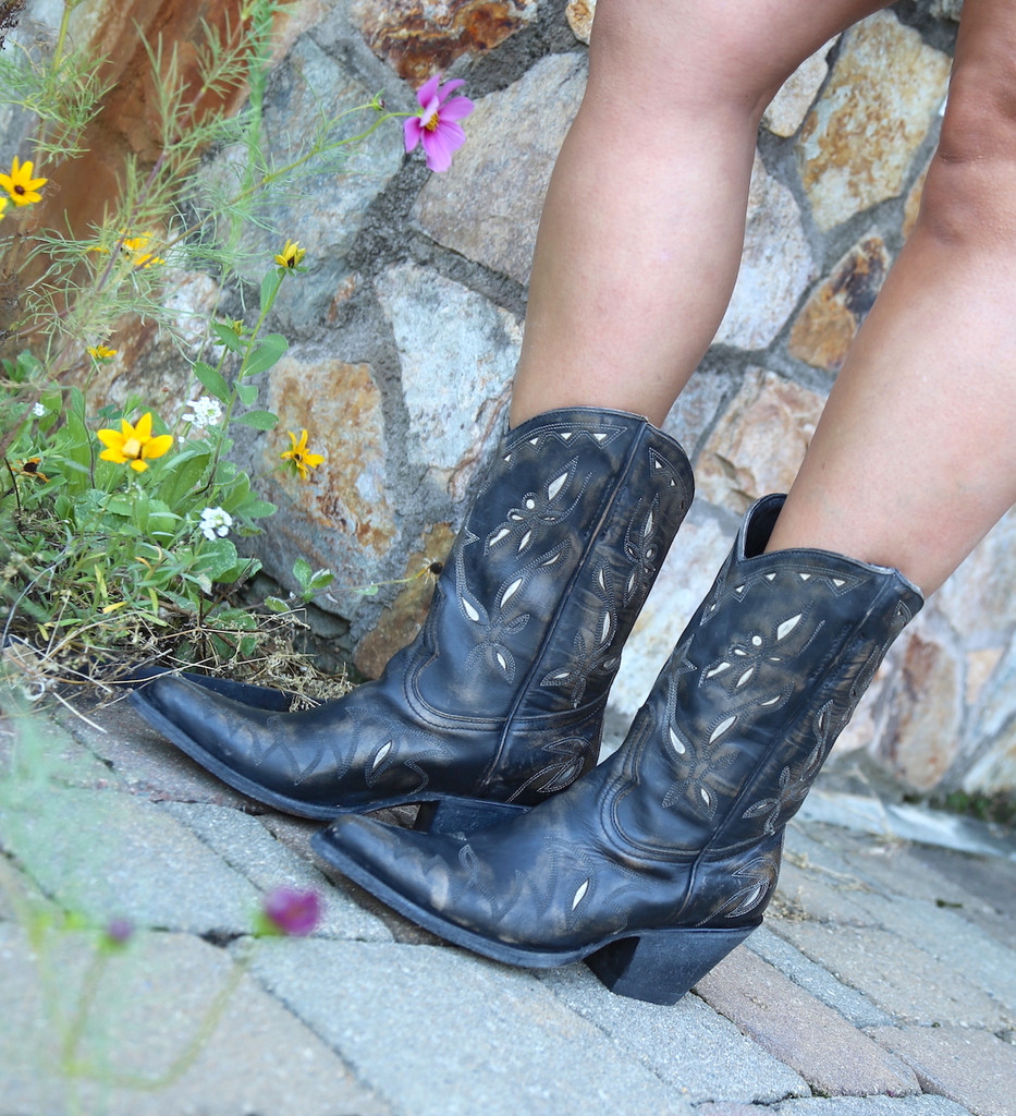 Yippee by Old Gringo Reno Rustic Beige Black Boots YL361-1 Picture