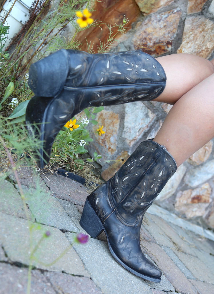 Yippee by Old Gringo Reno Rustic Beige Black Boots YL361-1 Photo
