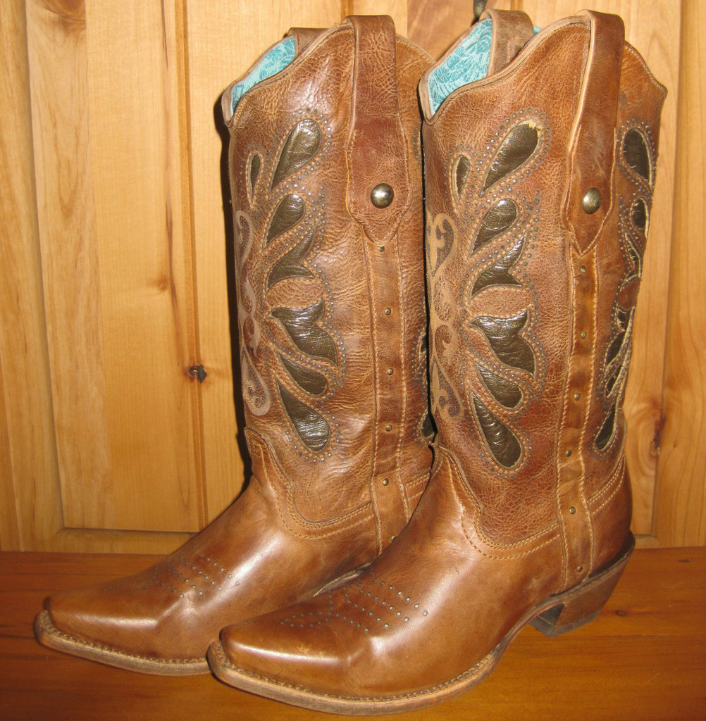 Corral Cognac Butterfly Laser Boots C1969