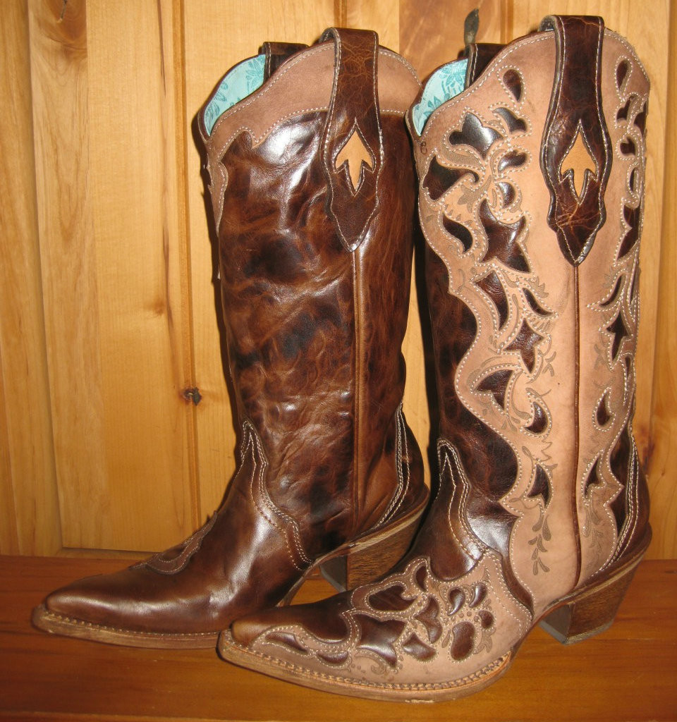 Corral Chocolate Tooled Laser Boots