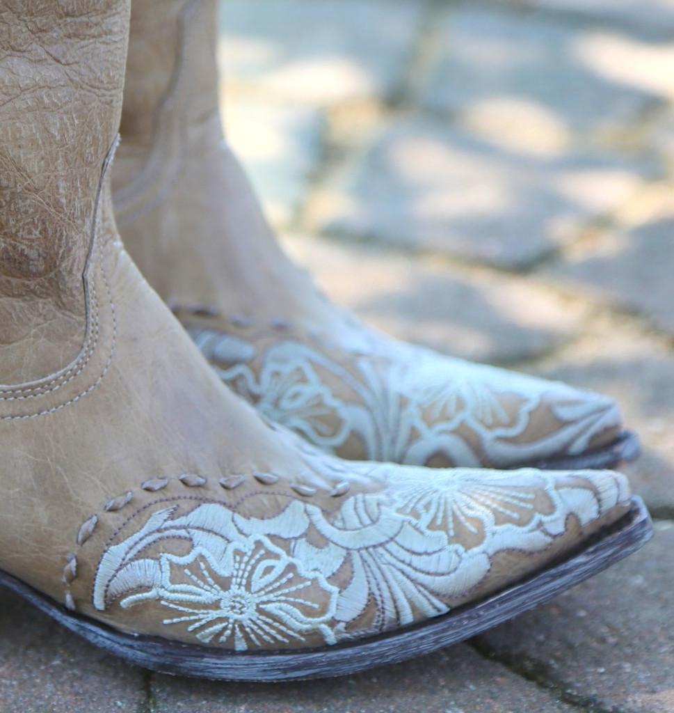 Old Gringo Erin Vesuvio Bone Cowgirl Boot L640-3 Toe