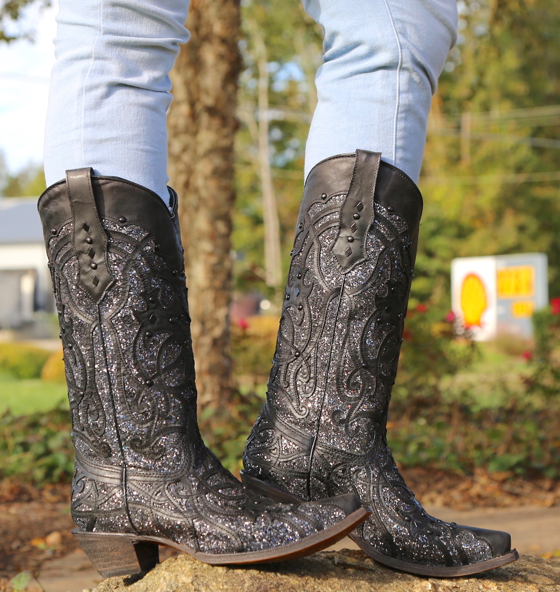 fe6990a47b13 Corral Black Glitter Inlay and Studs Snip Toe Boots C3423 Photo