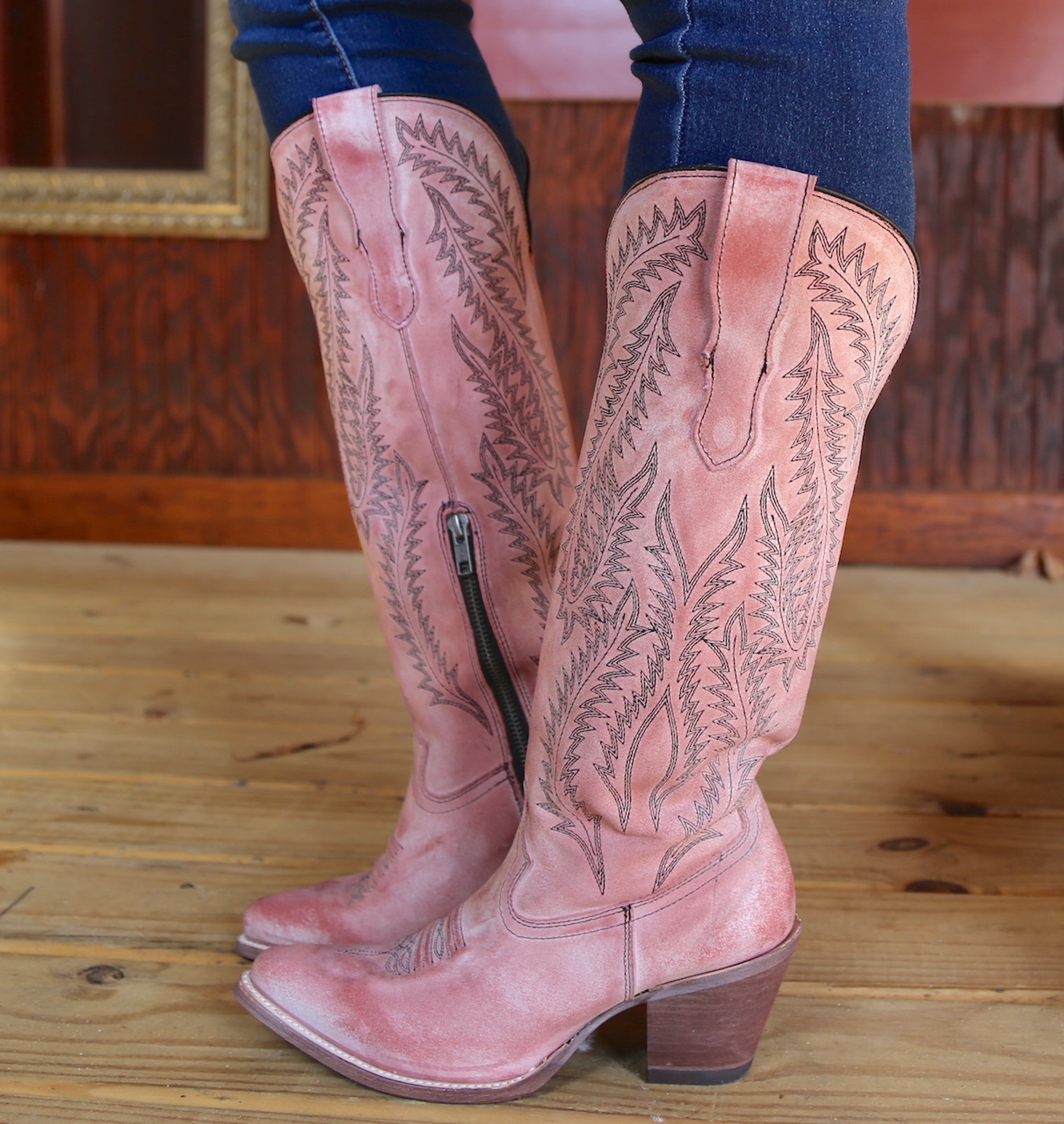 corral boots pink