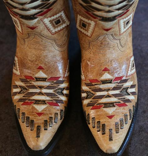 Corral Antique Saddle Aztec Pattern E1010 Toe Profile