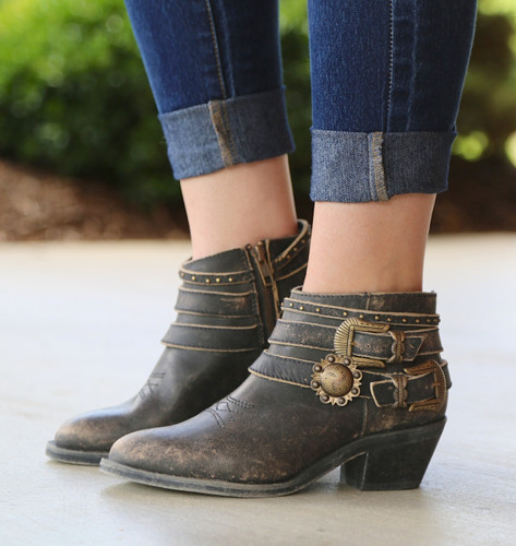Corral Distressed Black Multi Straps Shortie Boots P5101 Image
