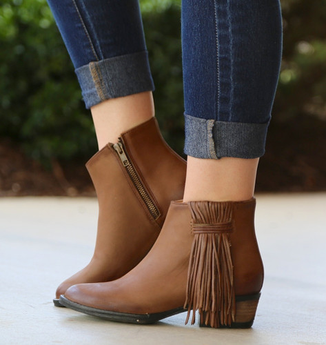 Corral Tan Side Fringe Shortie Boots Q0007 Image