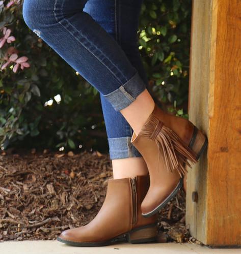 Corral Tan Side Fringe Shortie Boots Q0007 Side
