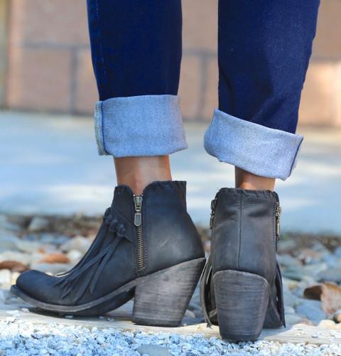 Liberty Black Fringe Zipper Shortie Boot Negro LB712323 Heel