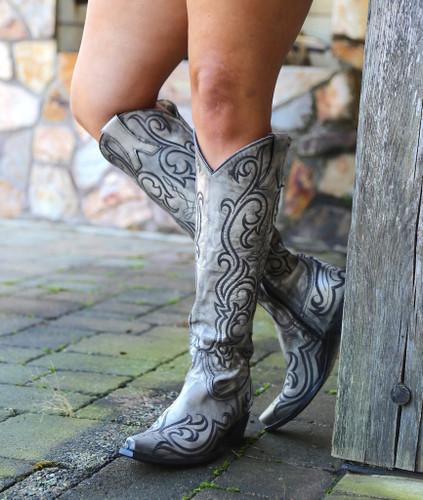 "Old Gringo Dolce Stitch Bone 18"" Boots L2619-2 Image"
